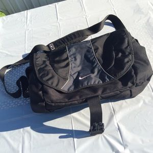 Vintage Nike book computer laptop bag +